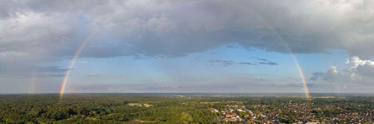 Luftbild-Panorama Regenbogen über Trittau